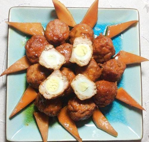 Học cách làm món thịt mọc bọc trứng cút kho nước dừa đậm đà
