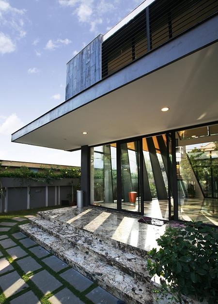 Ngôi nhà hiện đại nhờ ứng dụng công nghệ cao