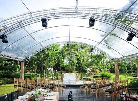 Làm thế nào để tổ chức đám cưới ngoài trời thật ấn tượng?