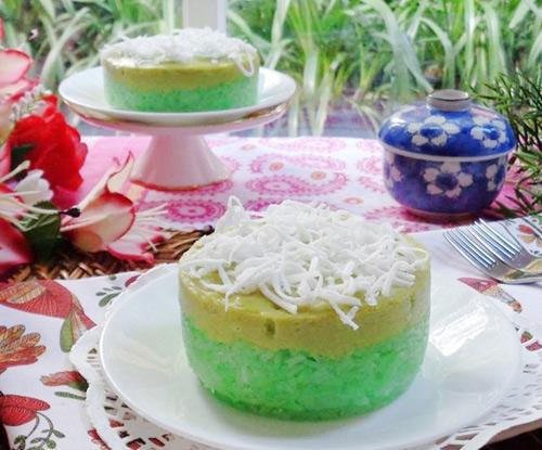 Bánh xôi lá dứa hấp dẫn bữa sáng