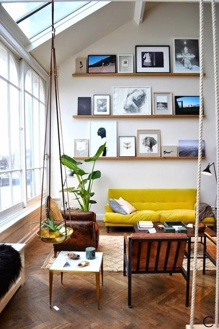 Phòng khách sinh động nhờ sofa màu sắc rực rỡ