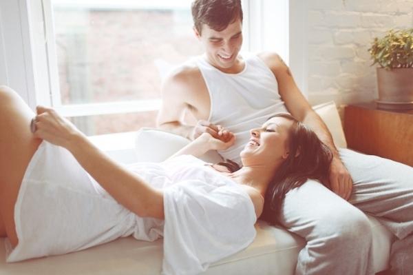 8 cách im lặng thể hiện chồng bạn đang nói