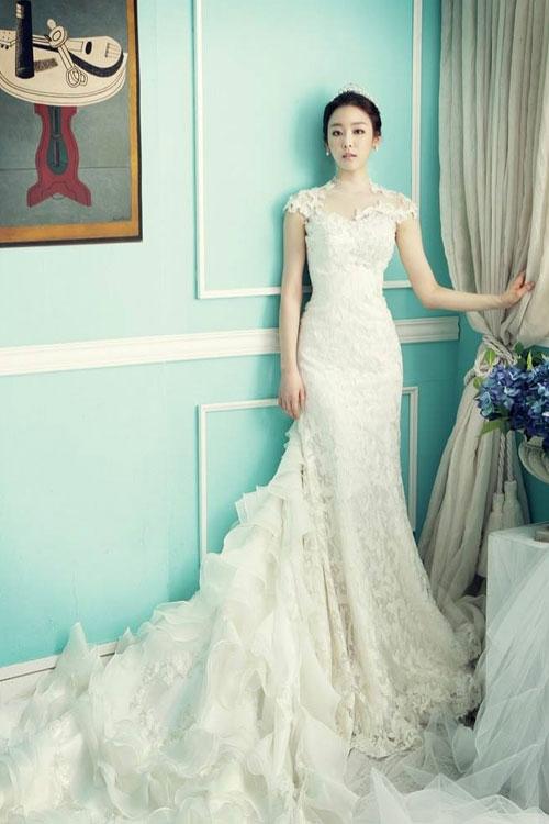 Váy cưới ôm gợi cảm cho cô dâu