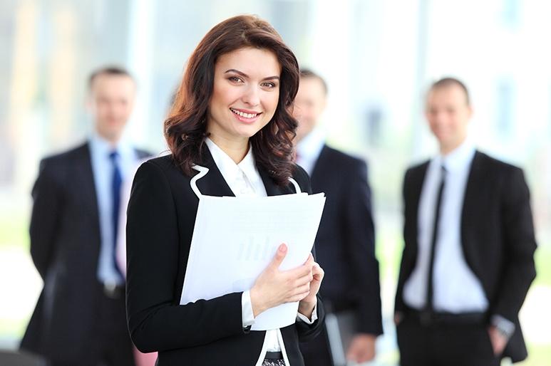 Mẹo hay giúp phụ nữ thêm tự tin trong công việc