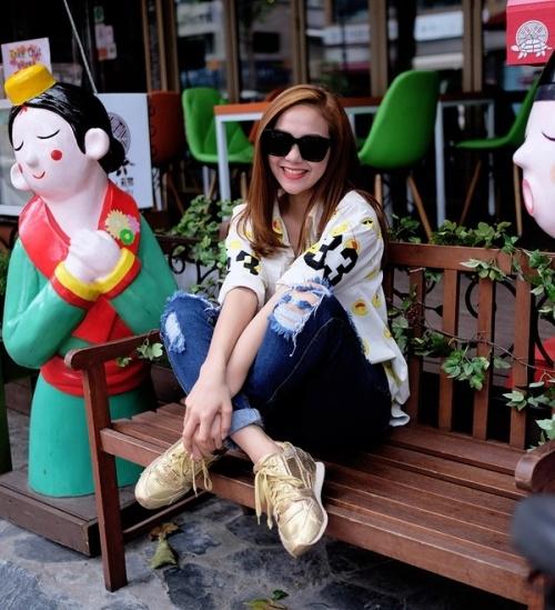 Minh Hằng cực chất trên phố Hàn, Kẻ huỷ diệt tiếc khi con trai chia tay Miley Cyrus