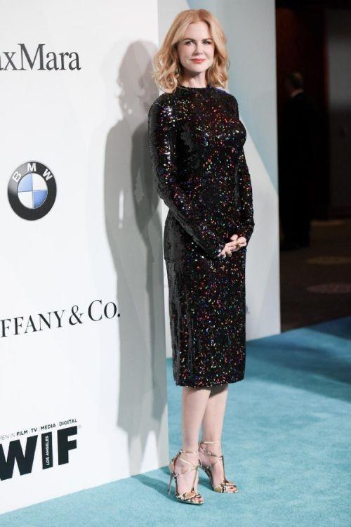 10 trang phục đẹp nhất tại Film Crystal + Lucy Awards 2015