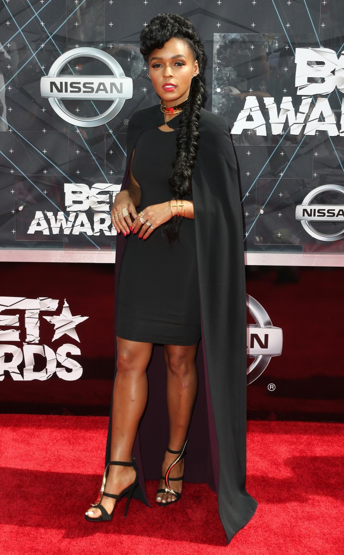 Thời trang thảm đỏ BET Awards 2015