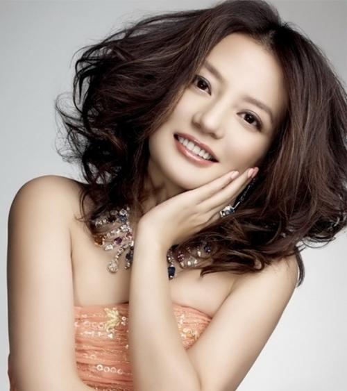 Trương Quỳnh Anh vỡ mộng khi sống với Tim, Triệu Vy phản pháo khi bị chê