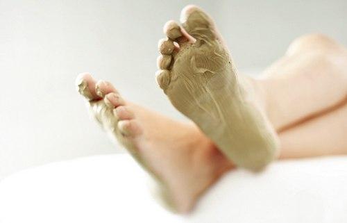 Chăm sóc đôi bàn chân tại nhà như Spa