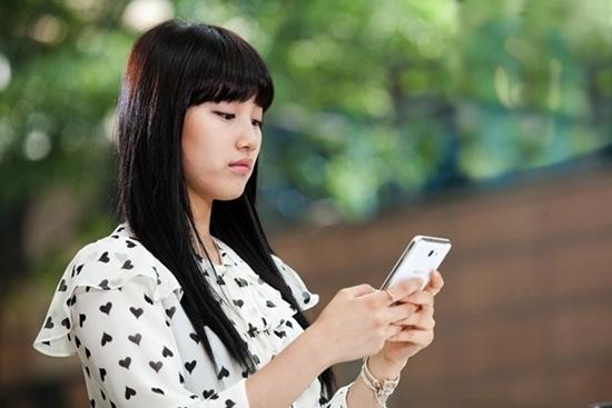 4 lý do không nên kiểm tra điện thoại của người yêu