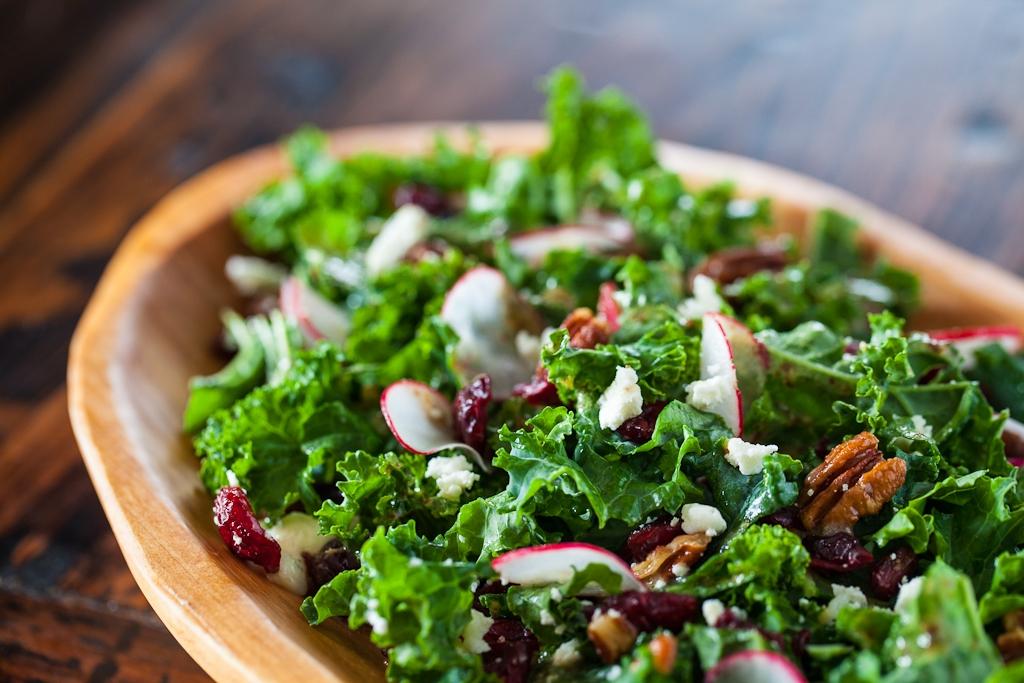 Siêu thực phẩm: Kale – Vua của rau lá xanh