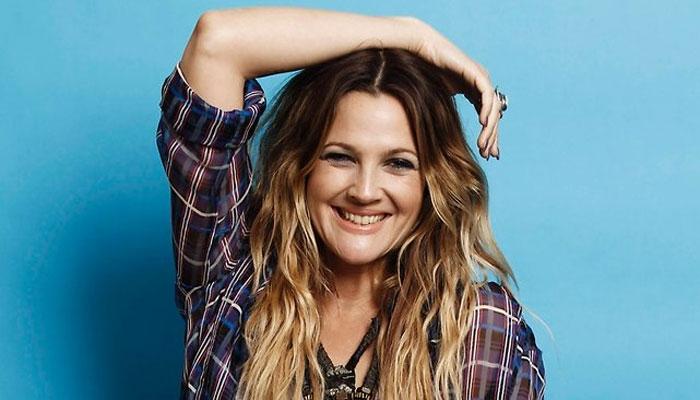 Drew Barrymore: Tôi phải dành nhiều thời gian chăm con hơn công việc