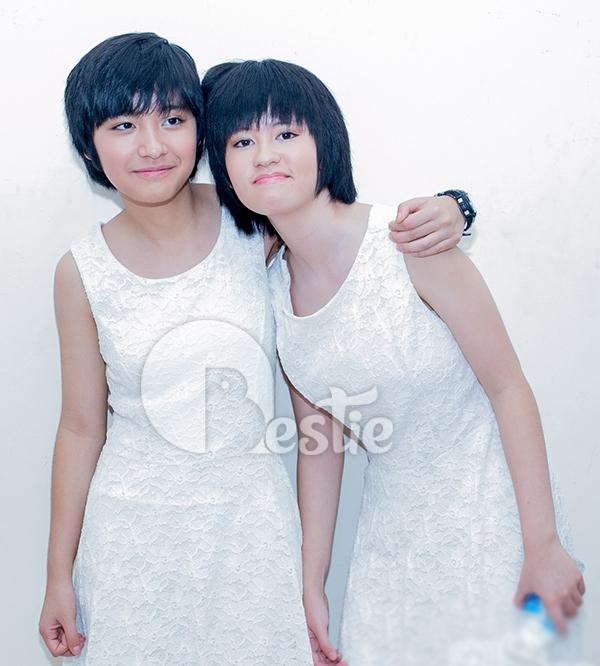Hai con gái nhà Phương Thảo - Ngọc Lễ không ỷ lại vào sự nổi tiếng của ba mẹ