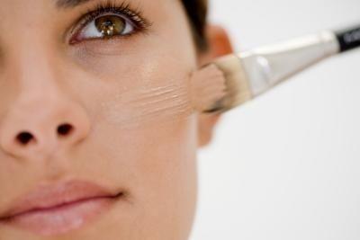 Make-up base khác gì với primer?