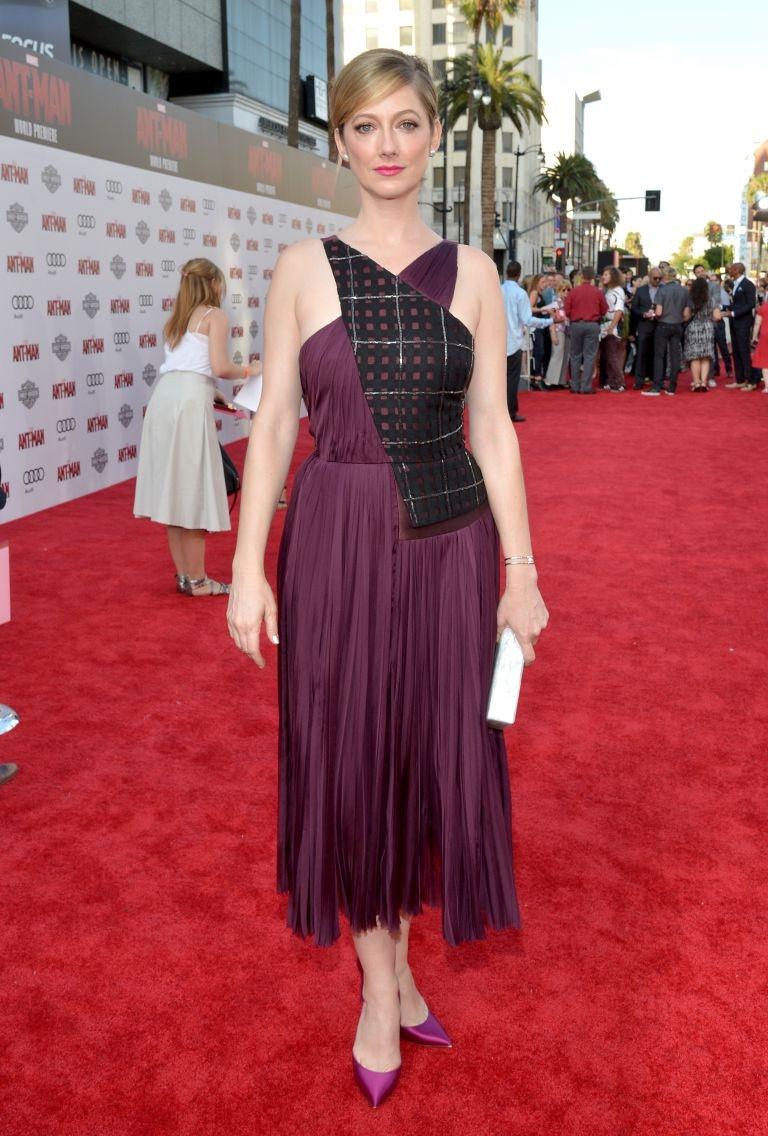 Jada Pinkett Smith, Amber Heard nổi bật giữa dàn diễn viên điển trai