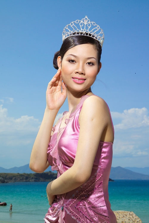 Những Hoa hậu, Á hậu đột nhiên mất tích bí ẩn của showbiz Việt