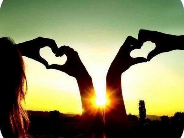 """6 cách nhận biết người ấy đang nói """"anh yêu em"""""""