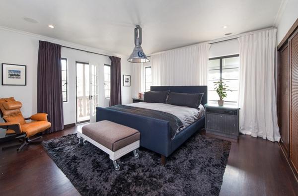 Biến phòng ngủ thành thiên đường với rèm cửa màu trắng