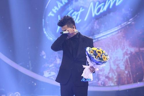 Trọng Hiếu đăng quang ngôi vị Quán quân Vietnam Idol 2015