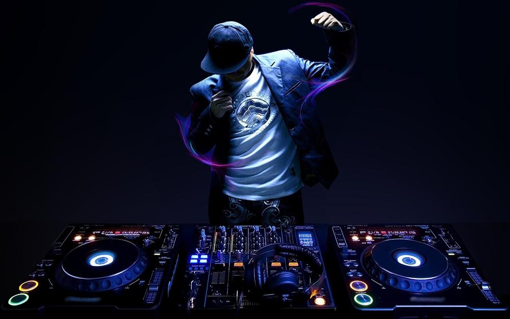bestie-nghe DJ