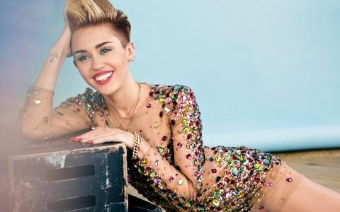 Miley Cyrus khẳng định mình giống một đứa con trai