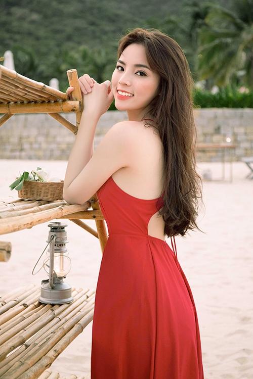 Hoa hậu Kỳ Duyên ngày càng xinh đẹp với nét ngây thơ