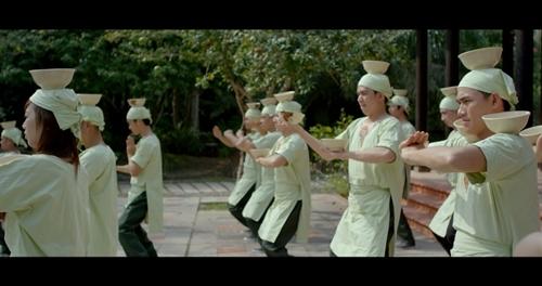 """Linh Sơn và Diễm My 9x """"bưng"""" phở Việt lên màn ảnh rộng"""