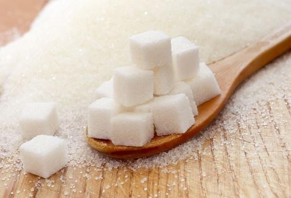 10 loại thực phẩm có hại cho trẻ dưới 1 tuổi