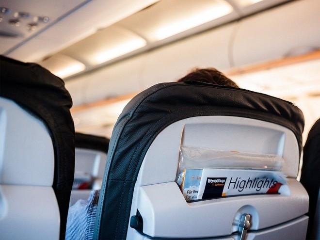 13 cách tránh lây bệnh trên máy bay, bạn đã biết chưa?