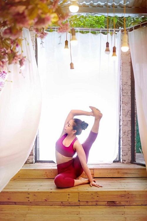Tiêu diệt mỡ đùi thần tốc với 4 tư thế yoga cực đơn giản