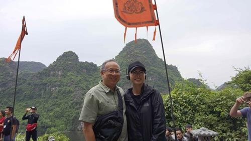 Đạo diễn KingKong bất ngờ đến phim trường thăm Ngô Thanh Vân