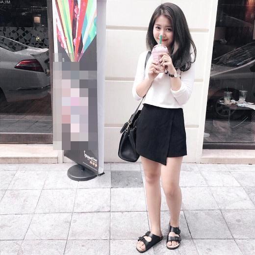 """Mẫn Tiên là gương mặt hot girl được nhiều bạn trẻ yêu mến bởi vẻ ngây thơ, trong sáng cùng với nụ cười vô cùng dễ thương. Được nhiều người biết tới bởi là một trong """"bộ ba sát thủ"""" ngày xưa gồmQuỳnh Anh Shyn, Mẫn Tiên và An Japan, dù chỉ cao hơn 1m50 nhưng cô vẫn """"đốn gục tim"""" của biết bao người hâm mộ."""
