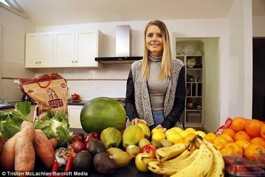 Hiện tại cô gái trẻ 19 tuổi này đã lấy lại được cân nặng bình thường với những món ăn chay được duy trì đều đặn hằng ngày.