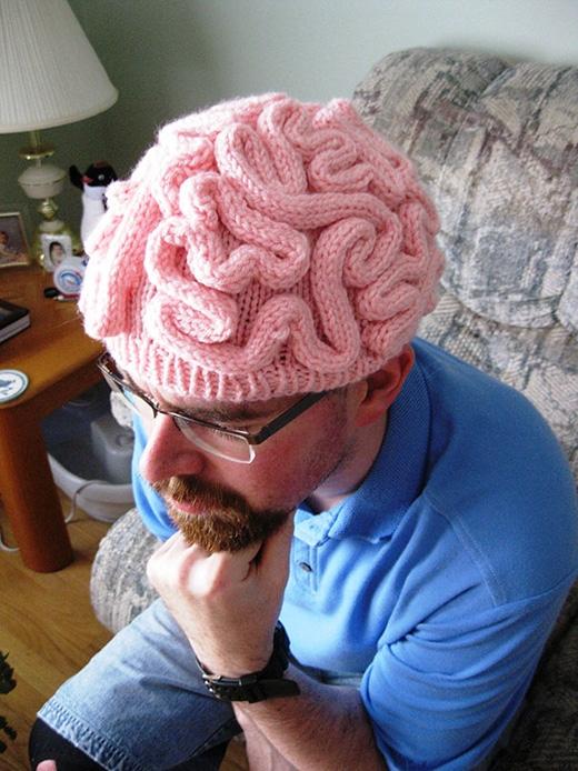 Đội nguyên bộ não trên đầu. (Ảnh: Internet)