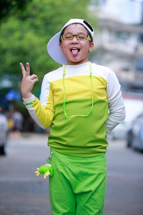 Hoàng Quân năm nay 12 tuổi, hiện đang là học sinh lớp 6 - Tin sao Viet - Tin tuc sao Viet - Scandal sao Viet - Tin tuc cua Sao - Tin cua Sao