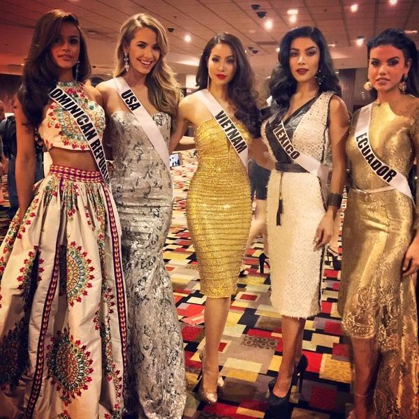 Điều gì giúp Phạm Hương trở thành hiện tượng tại Miss Universe 2015?