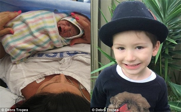 Vì một số biến chứng và bệnh tiền sản giật mà mẹ của bé Kruz rất yếu sau khi sinh.(Ảnh: Daily Mail)