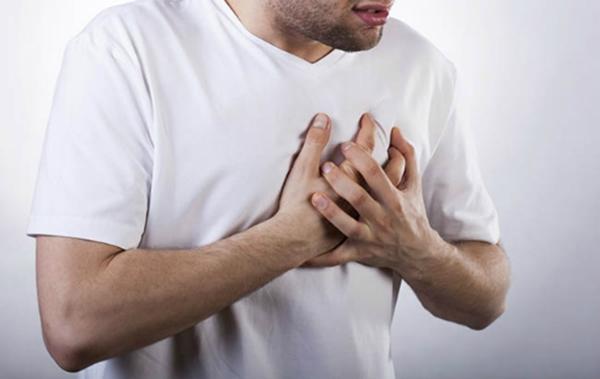 Ợ nóng có thể gây ung thư thực quản. (Ảnh: Internet)