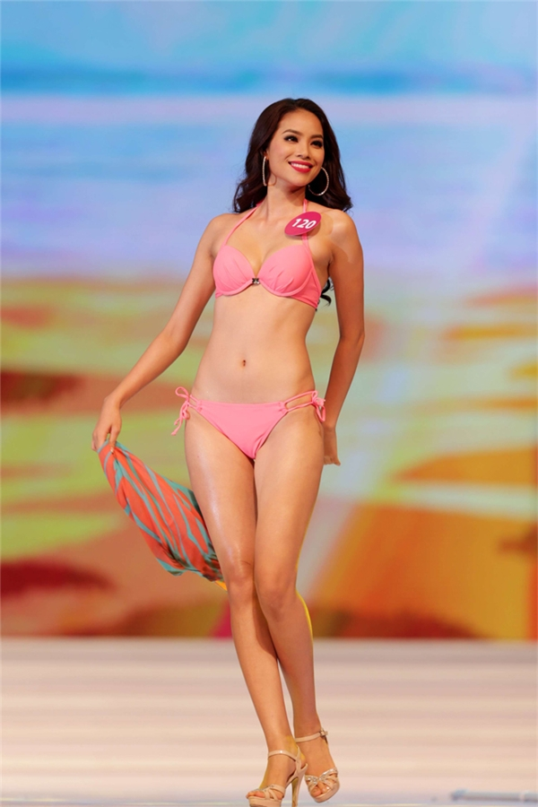 Hoa hậu Hoàn vũ Việt Nam Phạm Hương là một trong mỹ nhân có sắc vóc quyến rũ nhất hiện nay.