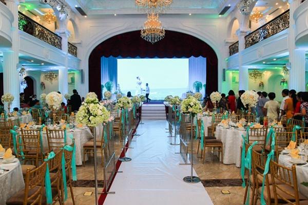 Không gian lễ cưới của cặp đôi Kiên Hoàng và Heo Mi Nhon. (Ảnh: Internet)
