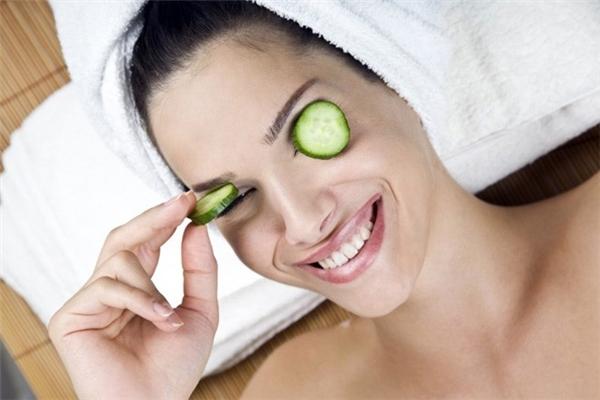 6 bước đơn giản che khéo đôi mắt mệt mỏi, thâm quầng