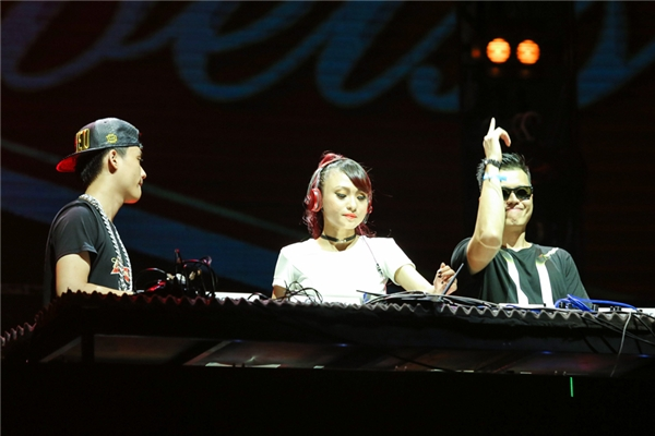 DJ Tyty và DJ Huy DX. - Tin sao Viet - Tin tuc sao Viet - Scandal sao Viet - Tin tuc cua Sao - Tin cua Sao