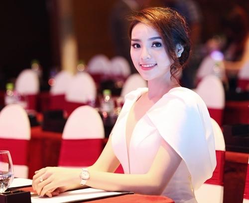 Năm 2015 - sự thăng hoa tuyệt vời của 5 mĩ nhân Việt nào? - Tin sao Viet - Tin tuc sao Viet - Scandal sao Viet - Tin tuc cua Sao - Tin cua Sao