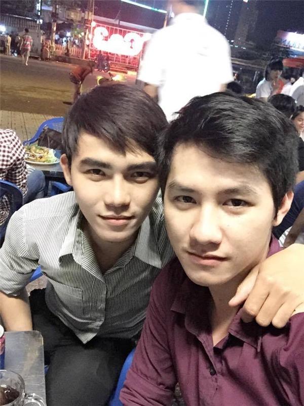 """Chuyện tình """"như mơ"""" của cặp đôi trai đẹp nổi tiếng Sài thành"""