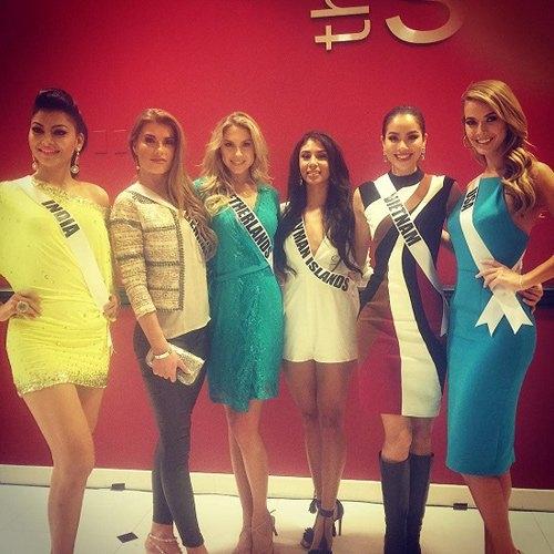 6 người đẹp có mặt tại buổi phỏng vấn - Tin sao Viet - Tin tuc sao Viet - Scandal sao Viet - Tin tuc cua Sao - Tin cua Sao
