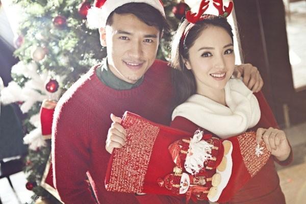 """Yên tâm đi, tương truyền ảnh cặp đôichụp theo chủ đề Giáng sinh không bao giờ """"ế"""" lượt thíchđâu.(Ảnh: Internet)"""
