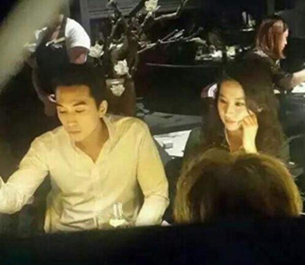 Song Seung Hun luôn tìm cách ở cạnh Lưu Diệc Phi khi cô sang Hàn