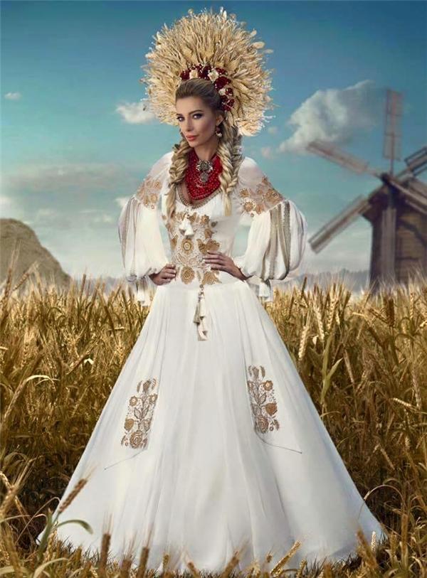 Ukraine tái hiện cối xay gió và những cánh đồng lúa mì bạt ngàn.