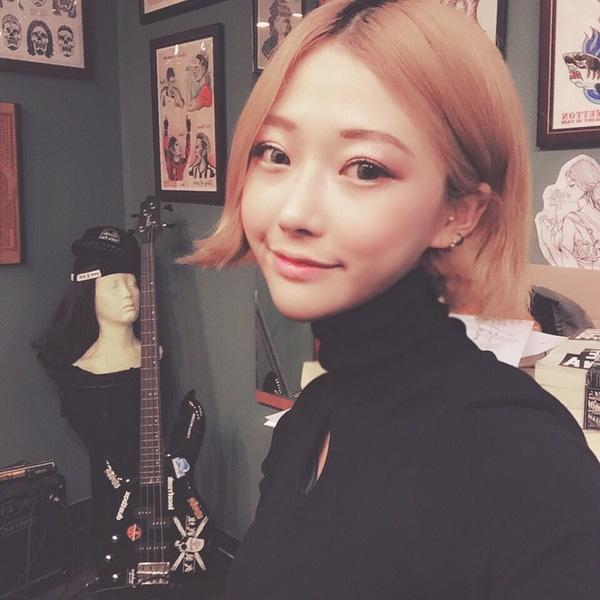 Gương mặt trong sáng, dễ thương của Ahn Lina.