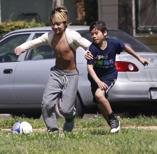 Những nhóc tì hot nhất Hollywood giờ ra sao?